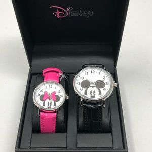 Disney Mickey & Minnie His & Hers Watch Set NWT
